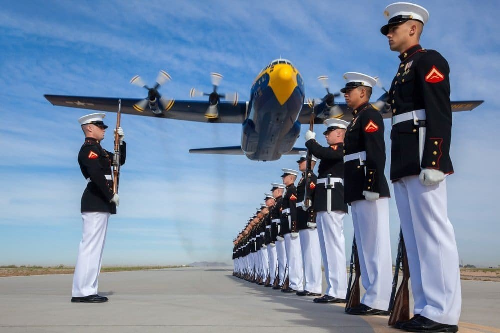 Military to Civilian Resume: How to Use Your Military Experience