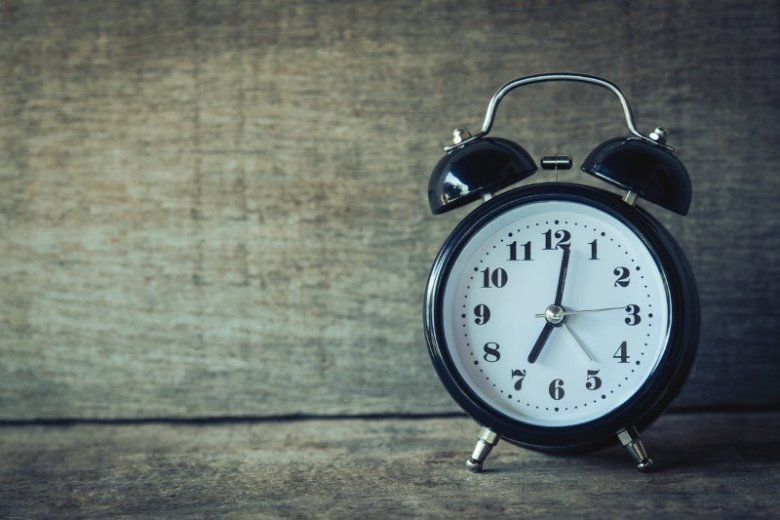 How To Sleep Better: The Importance of Healthy Sleep Habits [+Tips]