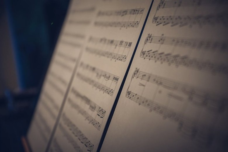 Music Resume (Template with Examples for a Musician)