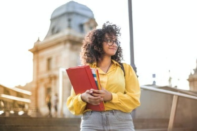 How to Put Phi Beta Kappa on a Resume: Guide & Examples