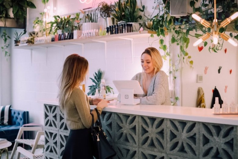 Receptionist CV Sample and Writing Guide