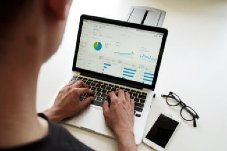 Salesforce Business Analyst Resume: Sample and Guide