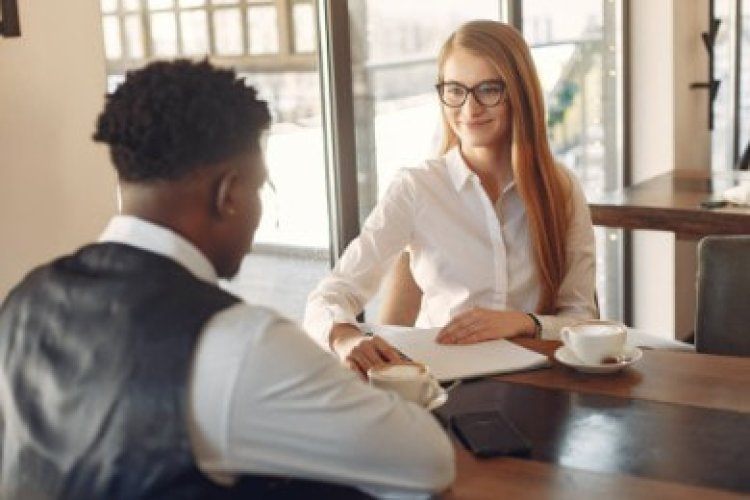 30+ Second Interview Questions & How to Answer (Examples)