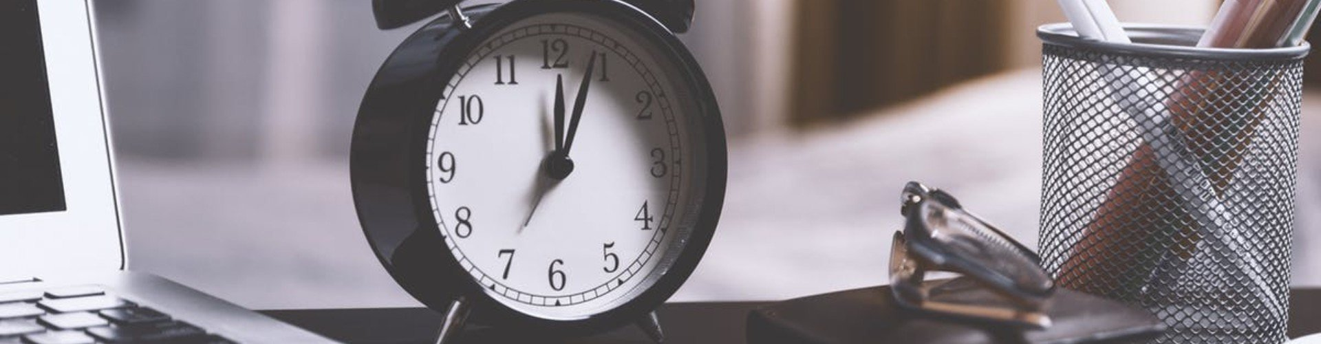 30+ Time Management Skills Examples & Tips on How to Improve