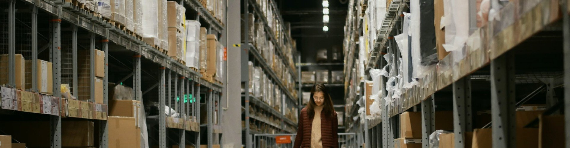 Warehouse Cover Letter Examples for Workers and Associates