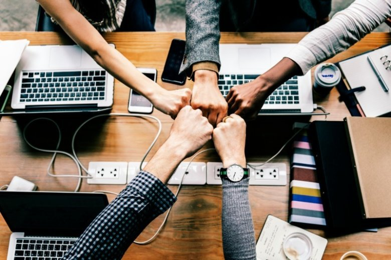 How to Turn Work Relationships Into Friendships